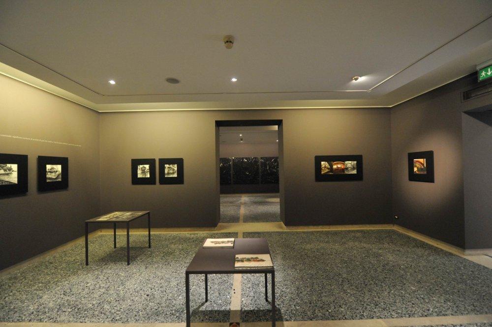 sala espositiva per la mostra di Mattotti