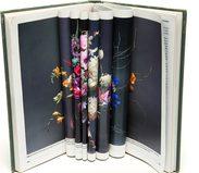 libro contente pagine con figure di fiori piegate all'interno