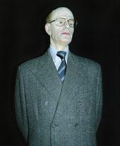 fotografia della statua in cera di John Reginald Halliday
